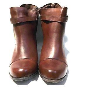 Cherokee Brown Boots
